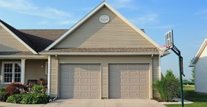 Reasons to Replace Your Garage Door